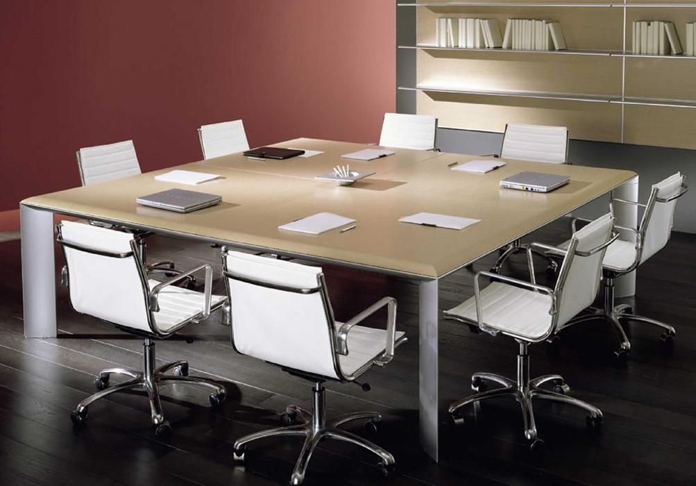Kono Desk Meeting Table